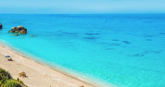 Rent a Jeanneau Sun Odyssey 39 DS Lefkada (Island)