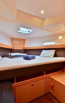 Rental Sailboat in Šibenik - Bavaria Bavaria 41 Cruiser