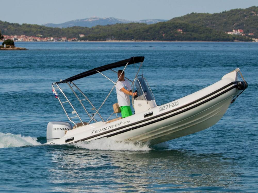 Rental Motorboat in Grad Zadar - Cantiere TEMPEST 600 + Honda 115