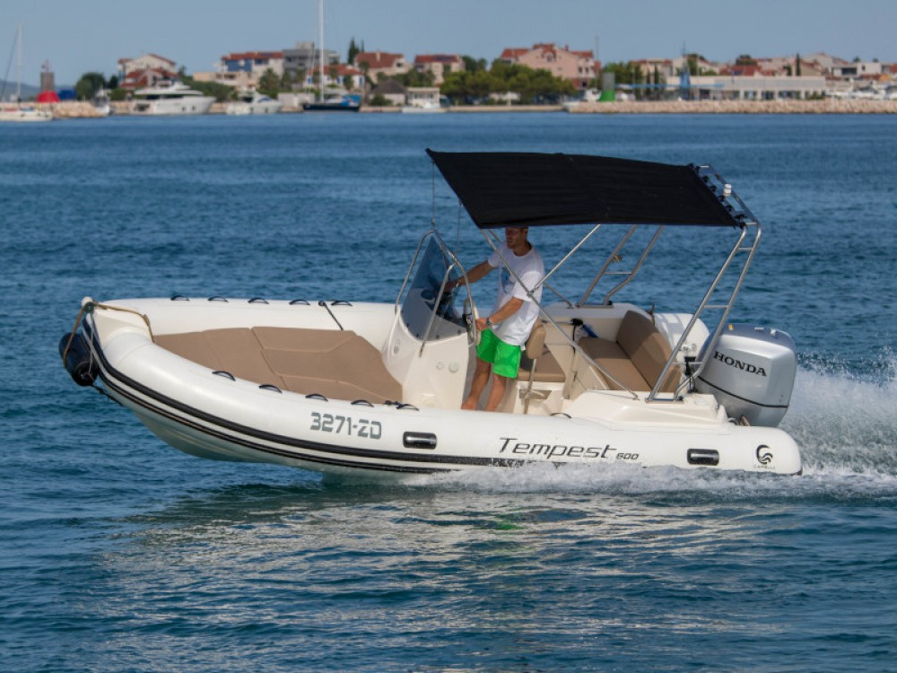 Hire Motorboat with or without skipper Cantiere Grad Zadar