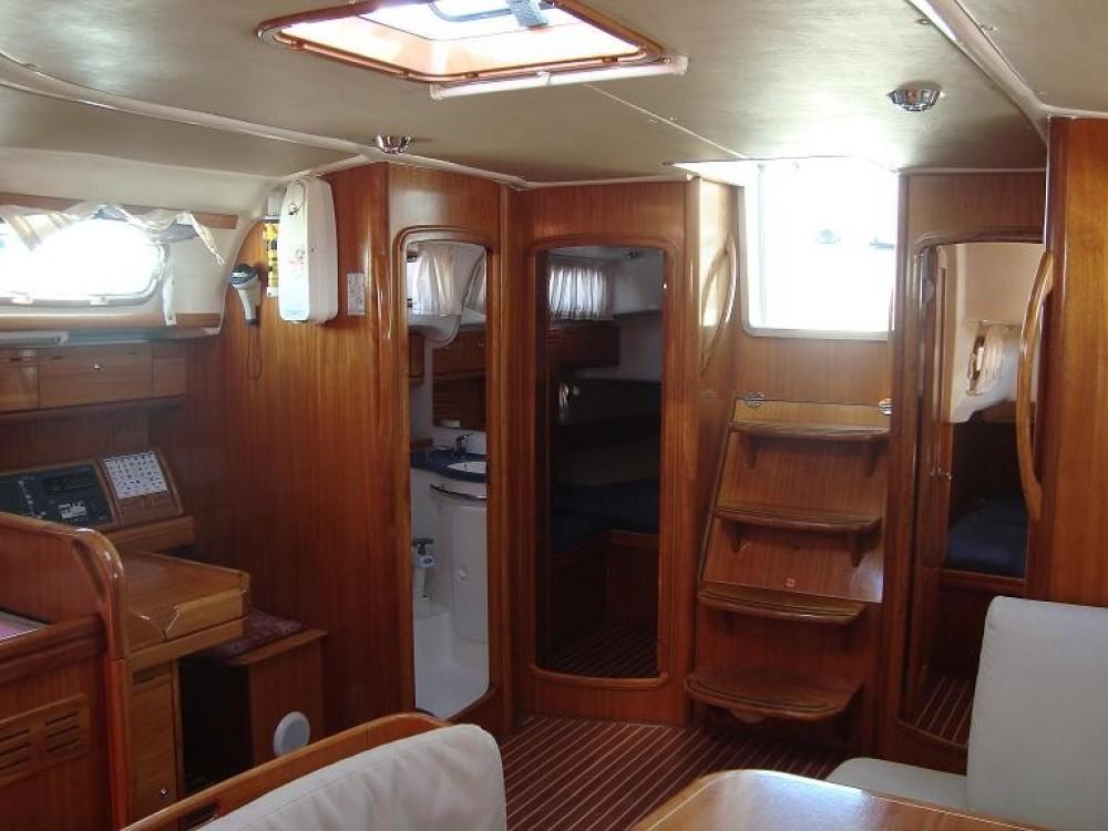 Boat rental Bavaria Bavaria 50 Cruiser in Arona on Samboat