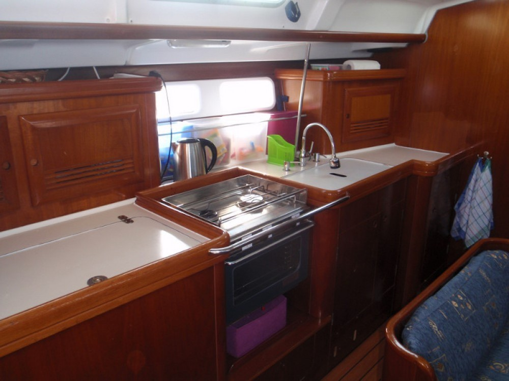 Rental yacht Sukošan - Bénéteau Oceanis Clipper 423 on SamBoat