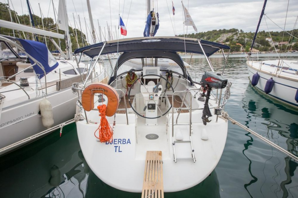 Hire Sailboat with or without skipper Poncin Yachts Šibenik