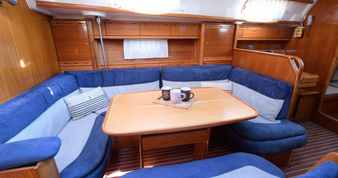 Rent a Bavaria Bavaria 42 Cruiser Lefkada (Island)