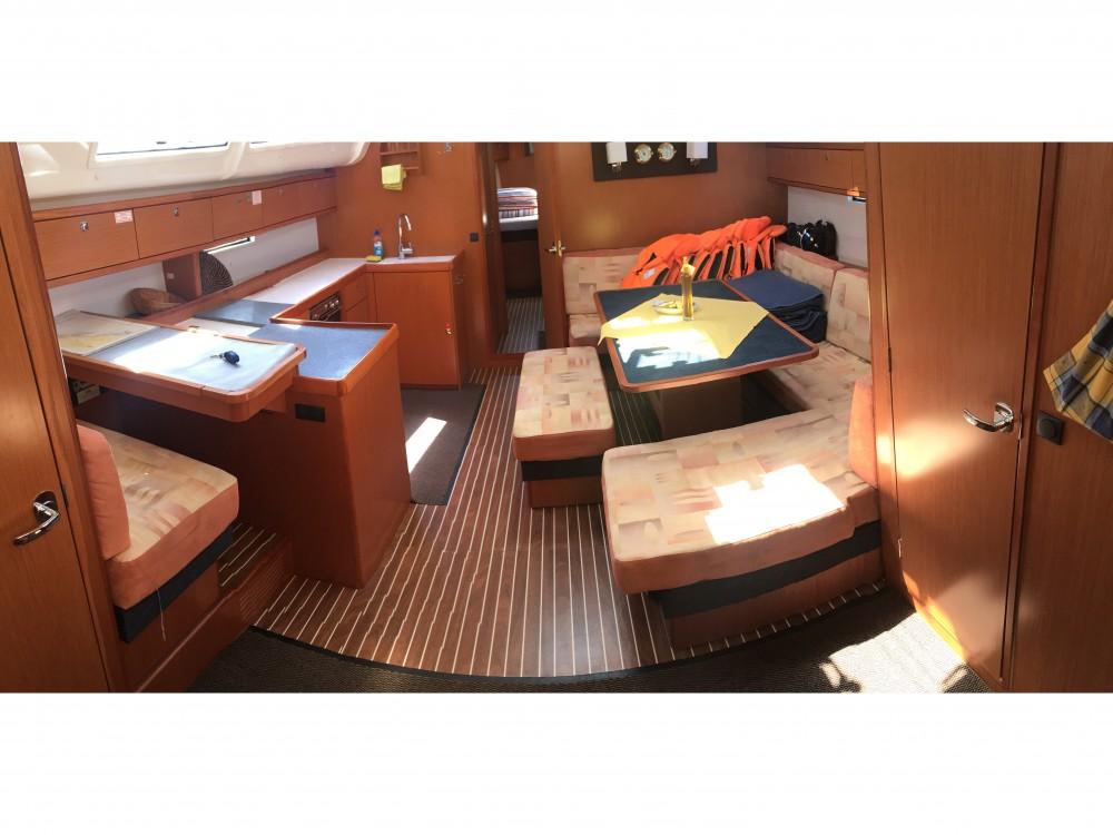 Boat rental Bavaria Bavaria 51 Cruiser in Pomer on Samboat