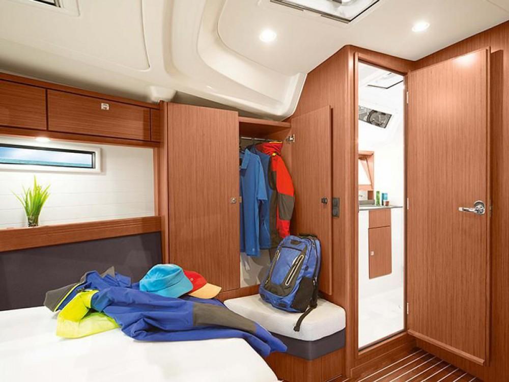 Boat rental Pomer cheap Bavaria 51 Cruiser