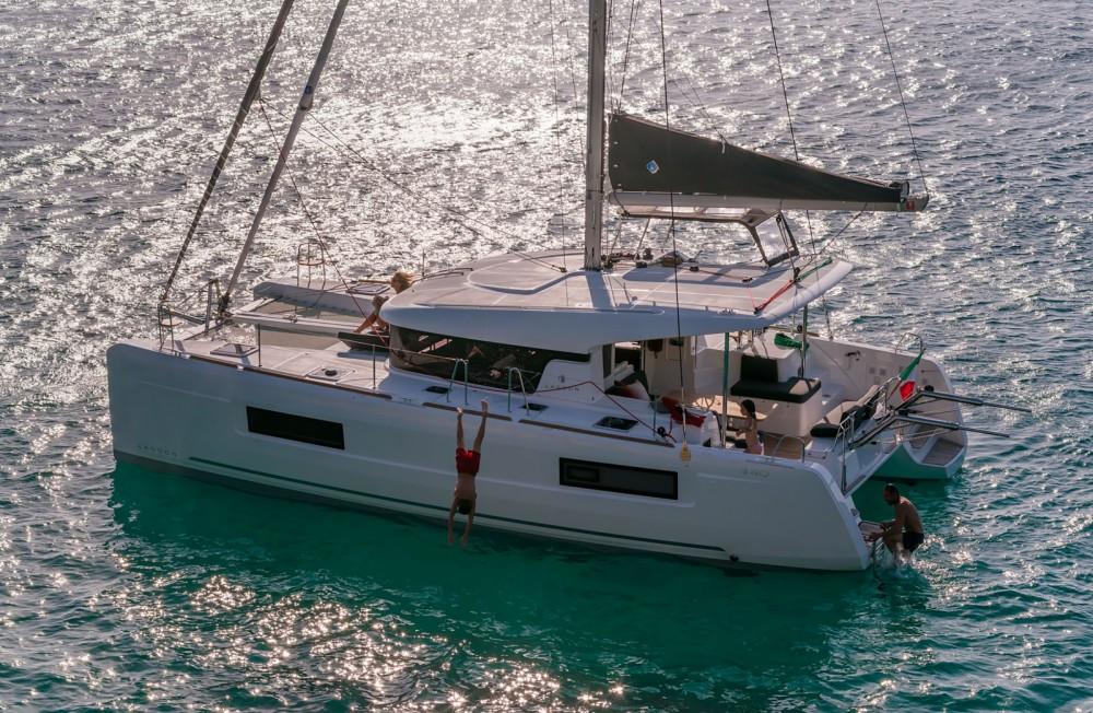 Catamaran for rent Portoferraio at the best price