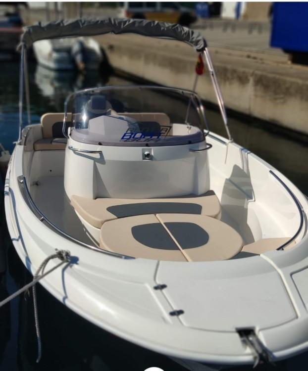 Boat rental Remus 620 in Palamós on Samboat
