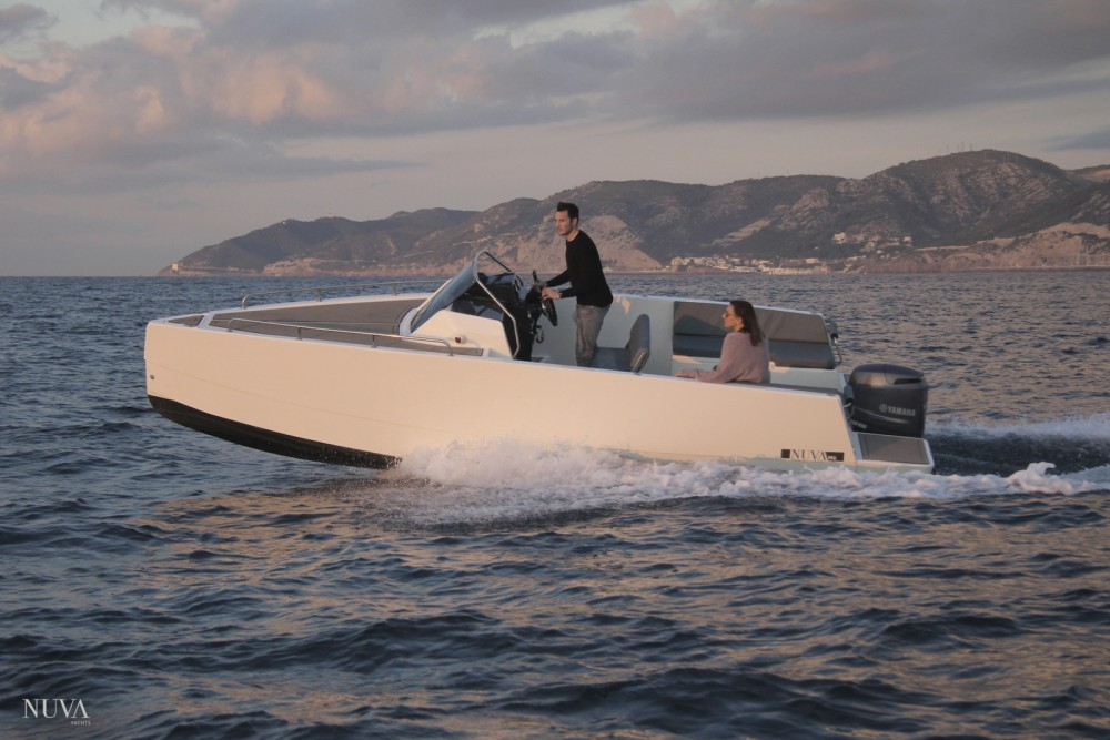 Boat rental Alicante cheap M6 Cabin