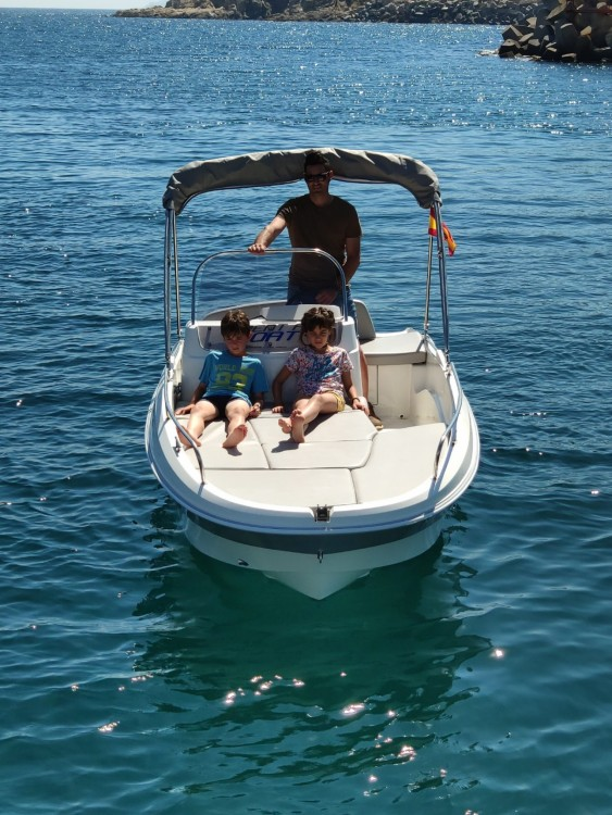 Hire Motor boat with or without skipper Remus Palamós