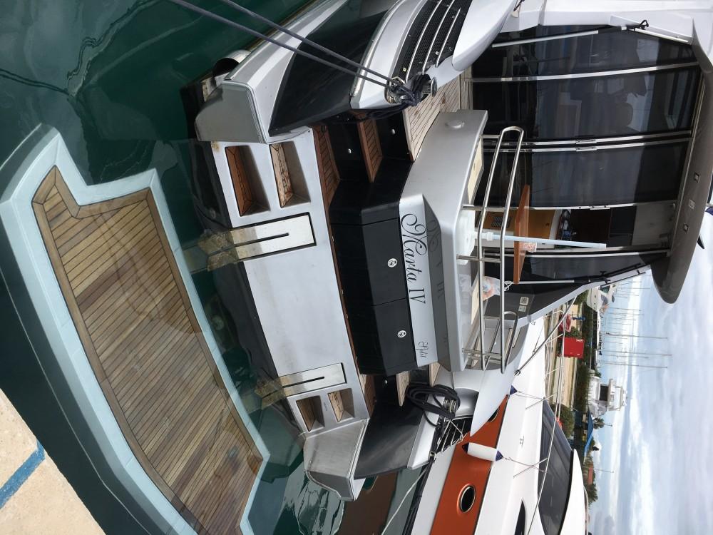 Boat rental Elan Elan Power 48 in Marina Pirovac on Samboat