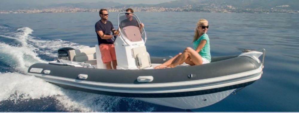 Rent a Valiant Valiant 580 Comfort La Rochelle