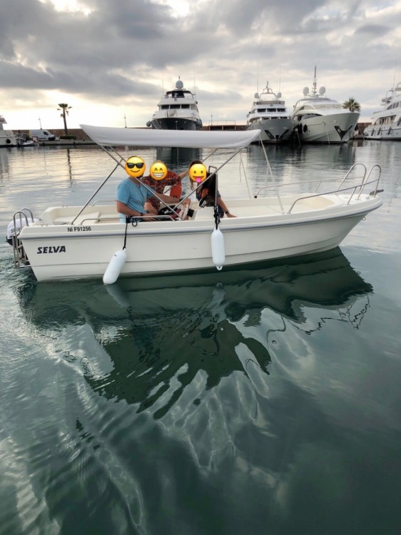 Boat rental Cannes cheap Selva 480 Pro