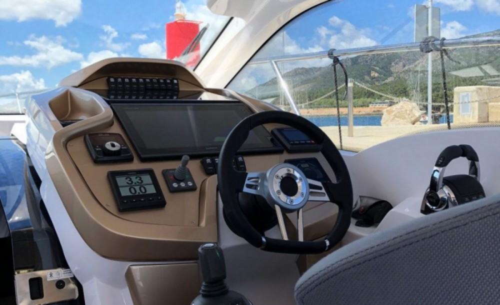 Boat rental Sessa Marine C35 in Podstrana on Samboat