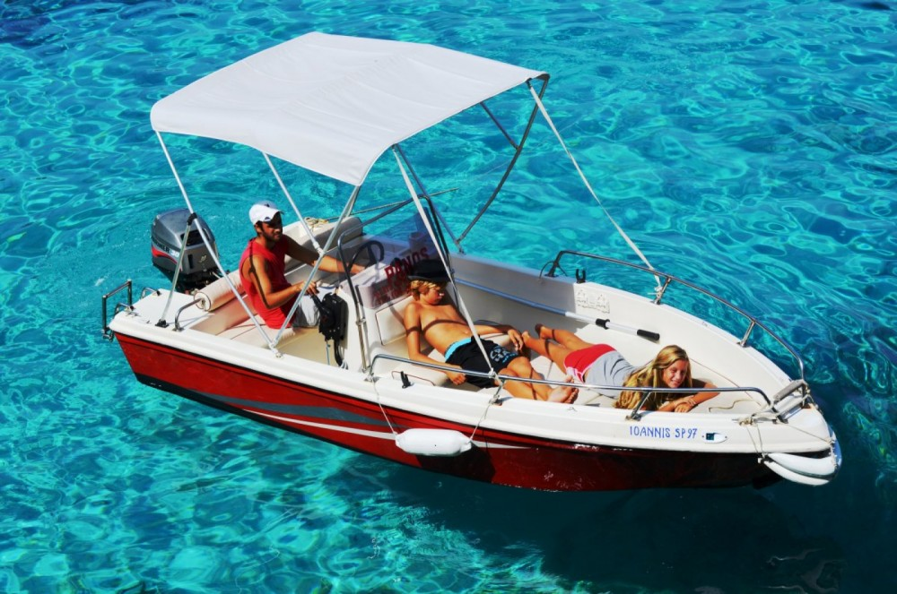 Yachting Club 470 between personal and professional
