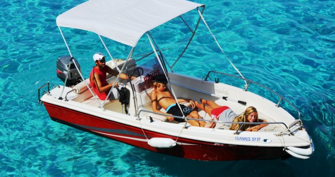 Hire Motorboat with or without skipper Yachting Club Paxoi