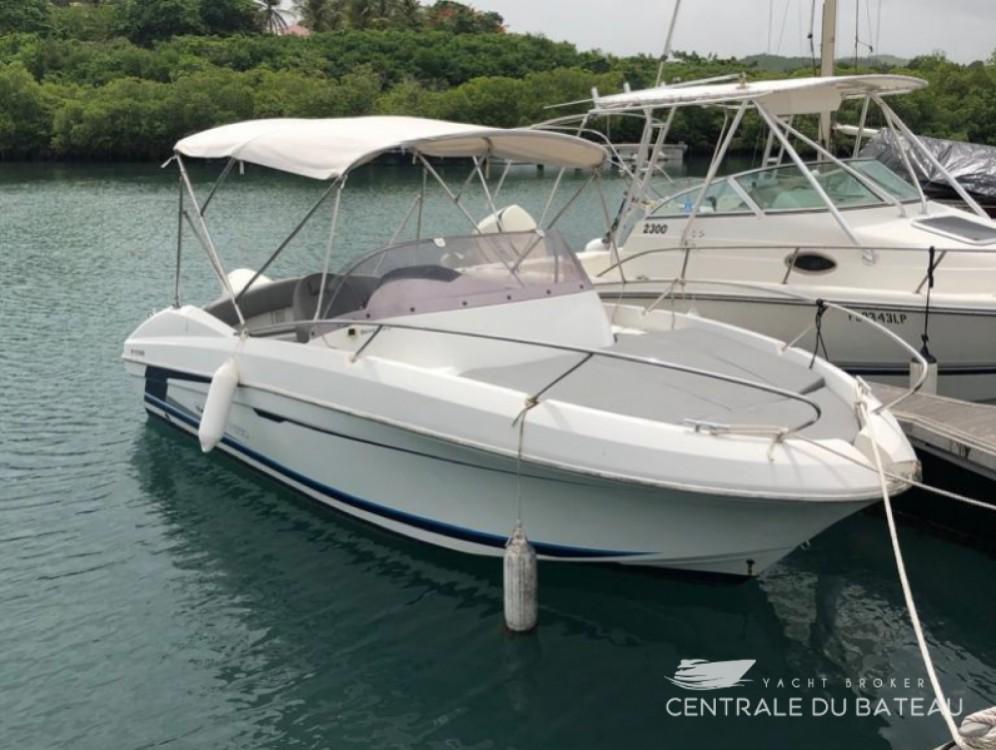 Rental Motor boat in Le Lavandou - Bénéteau Flyer 650 Sun Deck