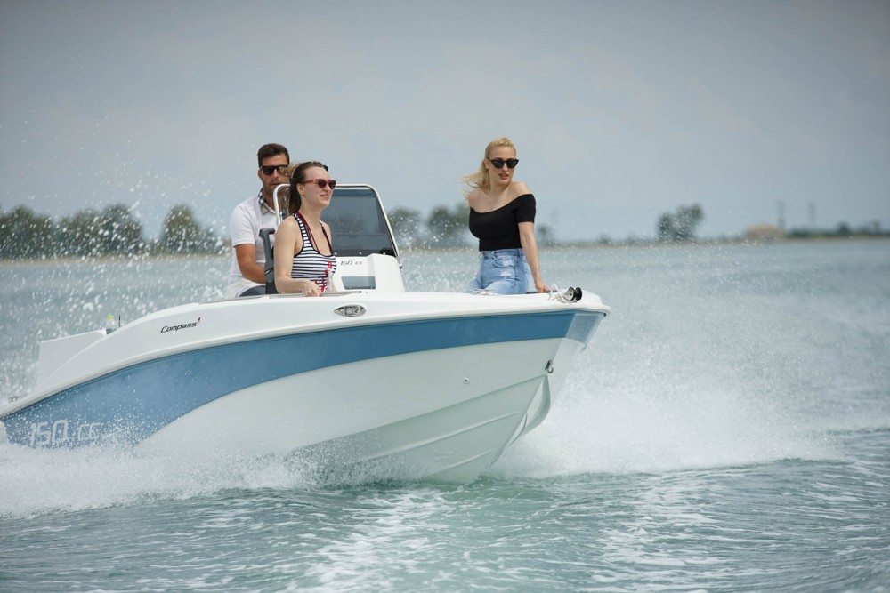 Rental Motor boat in Peloponnese, West Greece and Ionian Sea - compass 150cc