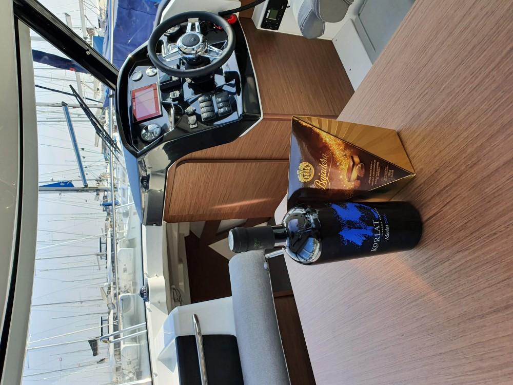 Boat rental Šibenik cheap Merry Fisher 795
