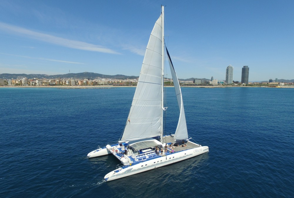 Hire Catamaran with or without skipper Fontaine pajot Barcelona