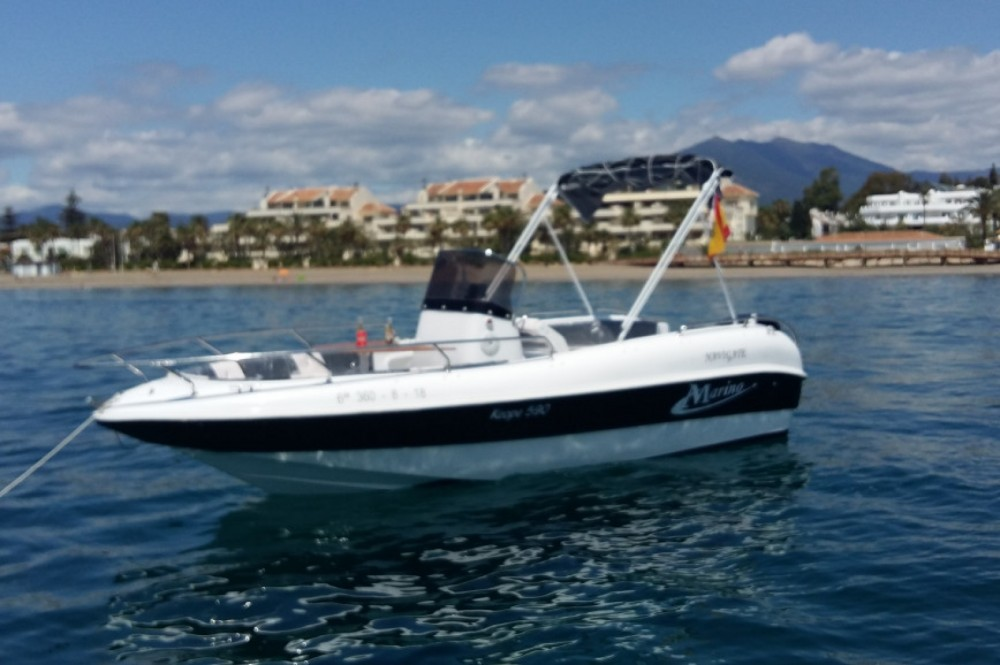 Rental Motor boat marine 19 with a permit