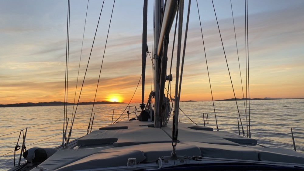 Hire Sailboat with or without skipper Ocean Star Sète