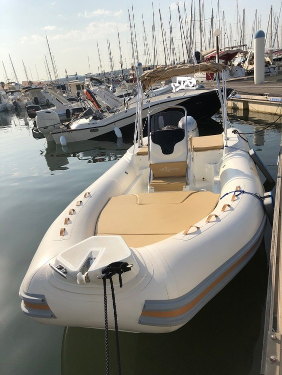Rental yacht Bandol - Altamarea Wave 20 on SamBoat