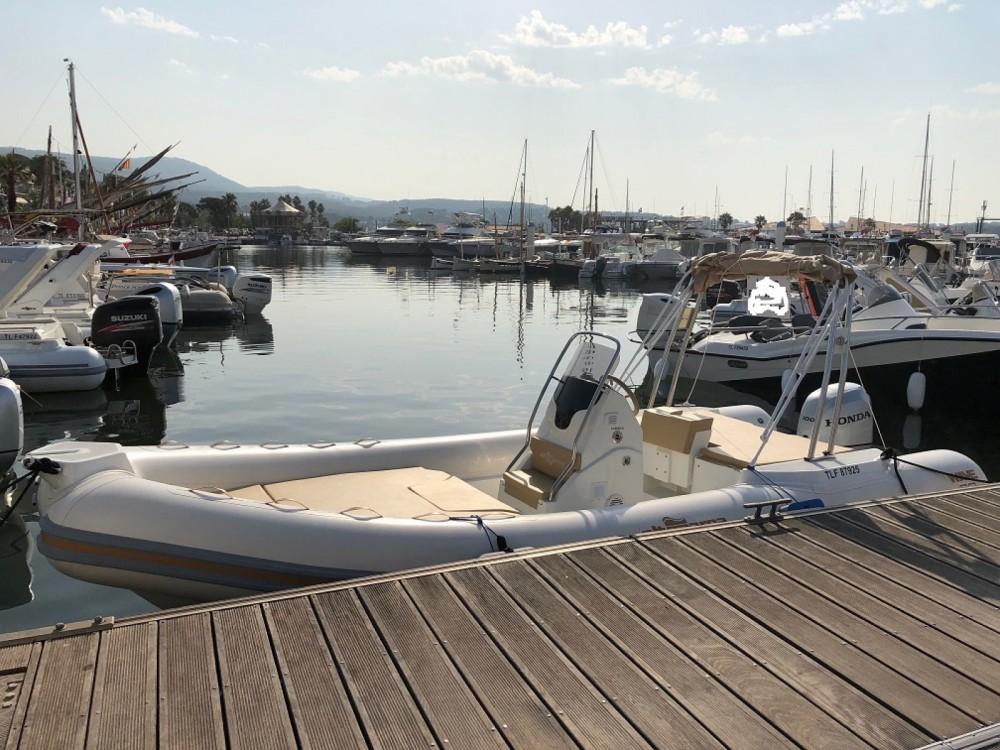 Boat rental Altamarea Wave 20 in Bandol on Samboat