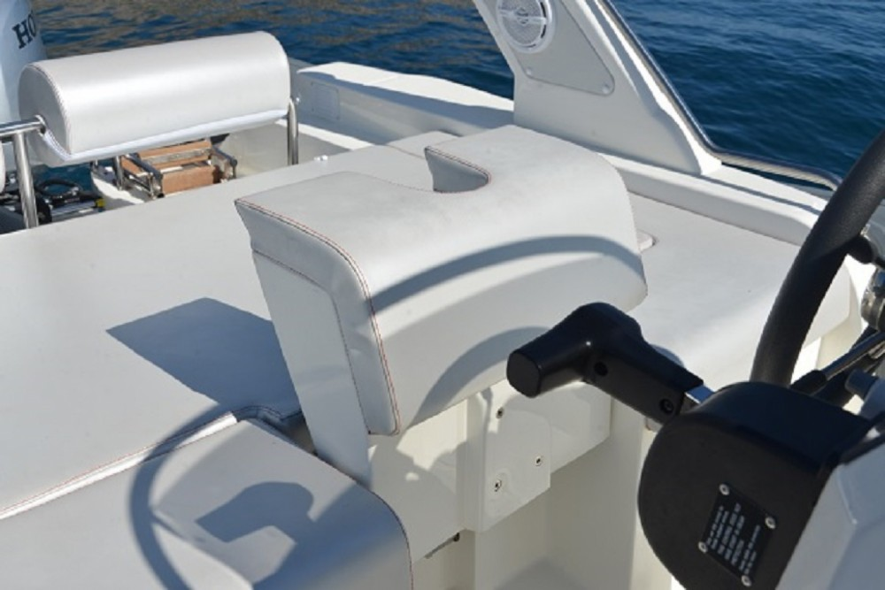 Hire RIB with or without skipper Altamarea Bandol