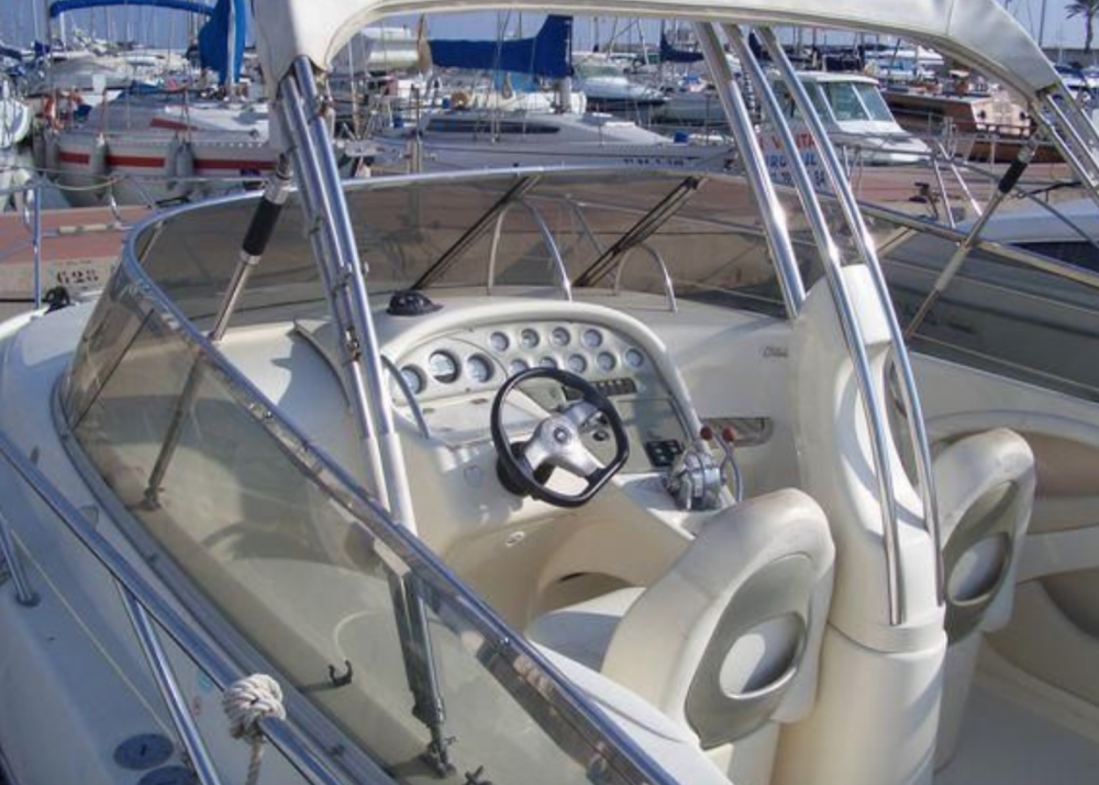 Rental Motor boat in Cannes - Cranchi CSL 28