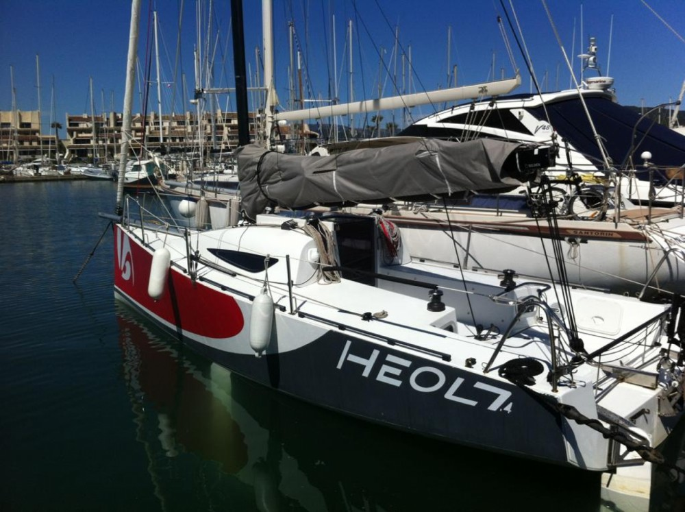 Rental Sailboat HEOL with a permit