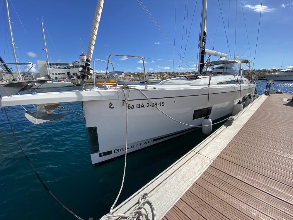 Boat rental Bénéteau Oceanis 46.1 in Ibiza on Samboat