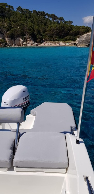 Motor boat for rent Santo Tomás at the best price