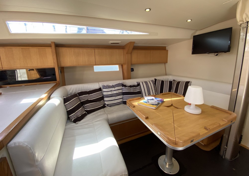 Rental Sailboat in Toulon - SLY54 GRAND SOLEIL SLY54