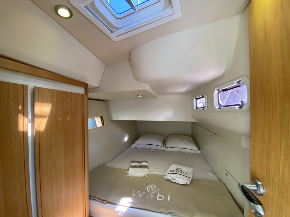 Hire Sailboat with or without skipper SLY54 GRAND SOLEIL Toulon
