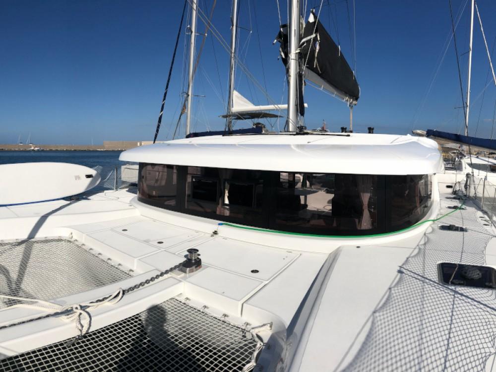 Rental Catamaran in Palermo - Lagoon Lagoon 42