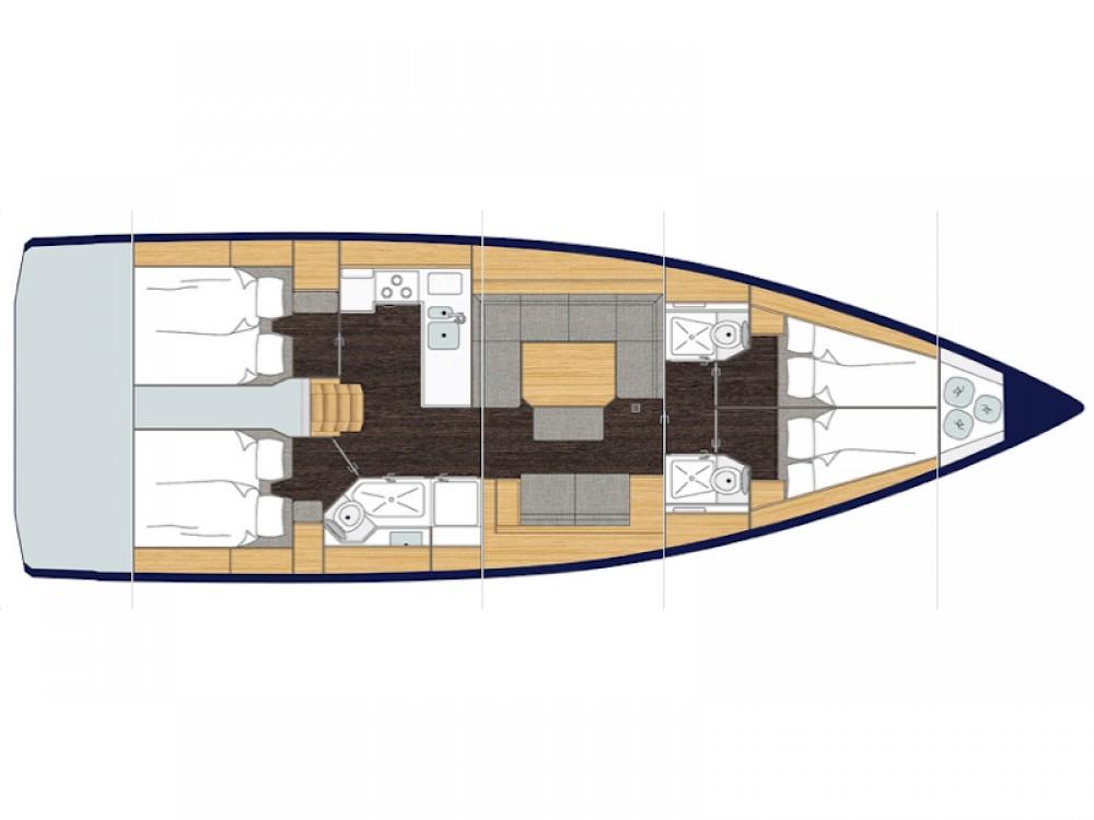 Boat rental Bavaria Bavaria C45 in Palerme on Samboat
