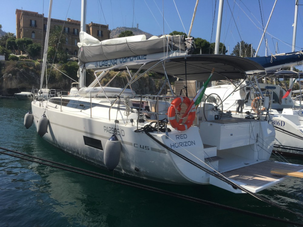 Hire Sailboat with or without skipper Bavaria Palerme