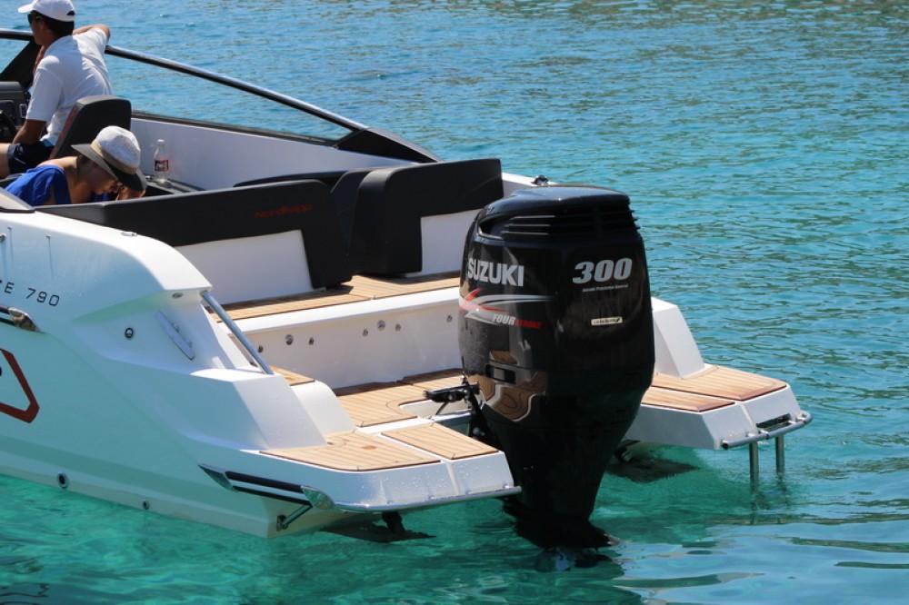 Boat rental Nordkapp Noblesse 790/830 in Split on Samboat