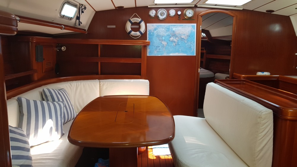 Bénéteau Oceanis 50 between personal and professional Ibiza