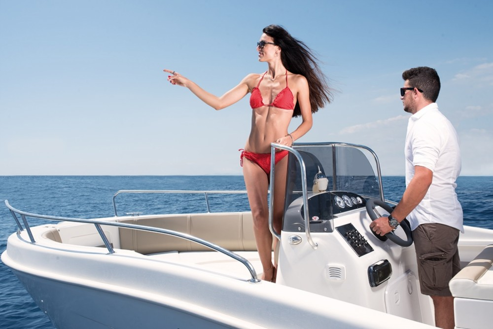 Allegra Boats 21 Open between personal and professional Moniga del Garda