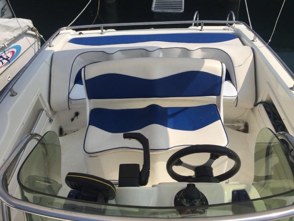 Hire Motor boat with or without skipper Ranieri Moniga del Garda