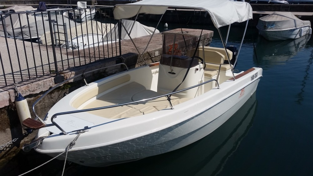 Hire Motorboat with or without skipper Mingolla Moniga del Garda