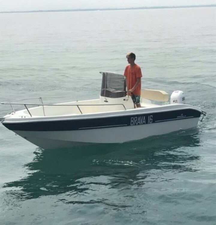 Rental Motorboat Mingolla with a permit