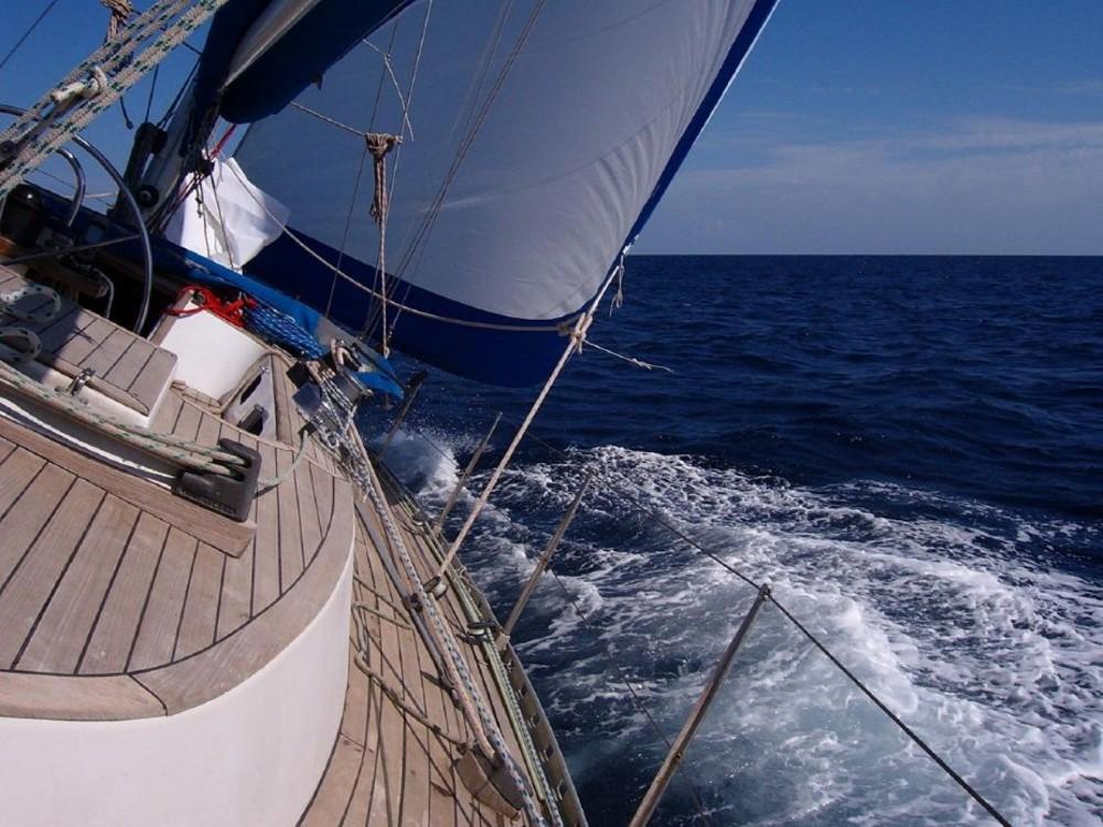 Boat rental Nelson Yachts Nelson 46 in Genoa on Samboat