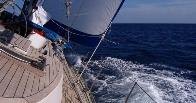 Rent a Nelson Yachts Nelson 46 Lido di Ostia Ponente