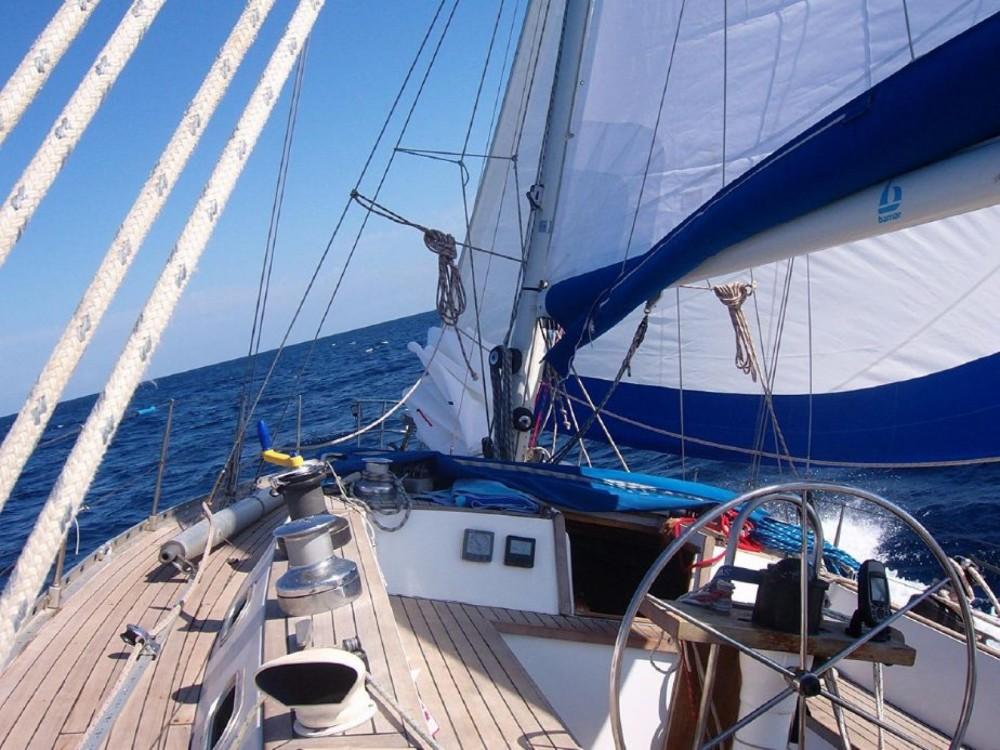 Boat rental Genoa cheap Nelson 46