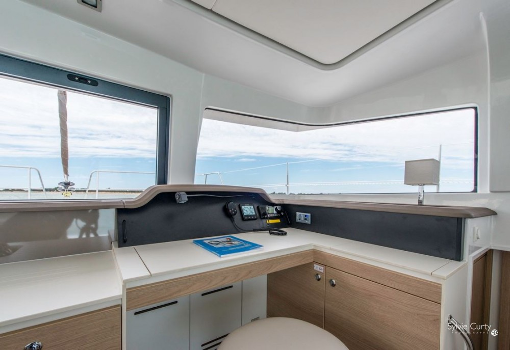 Bali Catamarans Bali 4.0 Owner Version with AC between personal and professional Nassau
