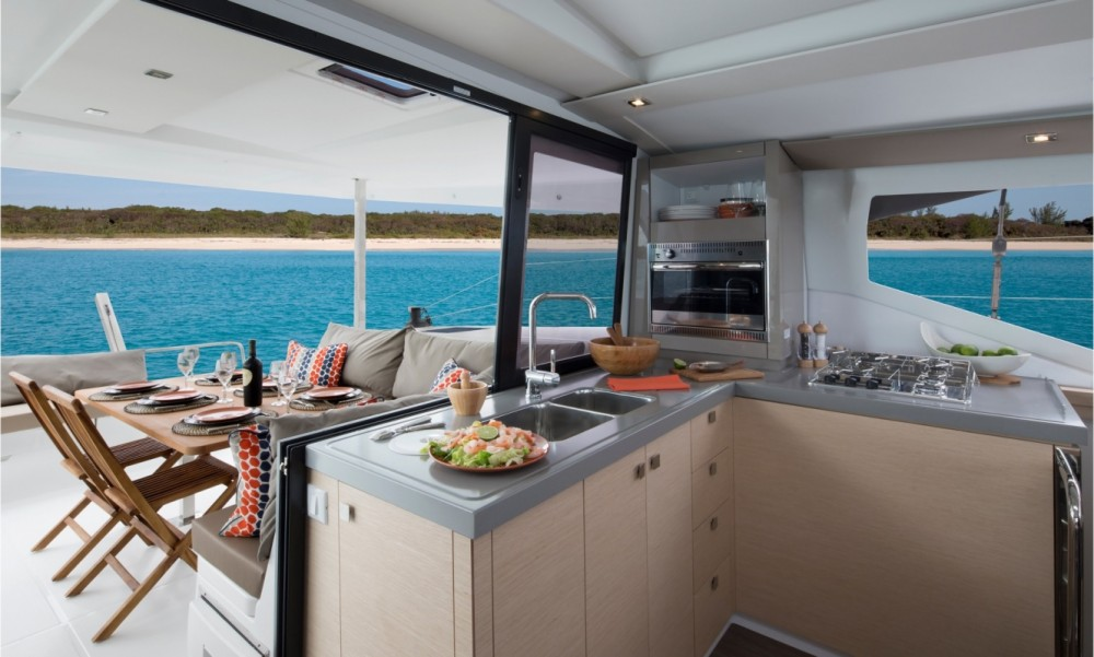 Boat rental Fountaine Pajot Fountaine Pajot Lucia 40 in Seget Donji on Samboat