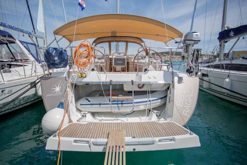 Boat rental Jeanneau Jeanneau 57 in Seget Donji on Samboat